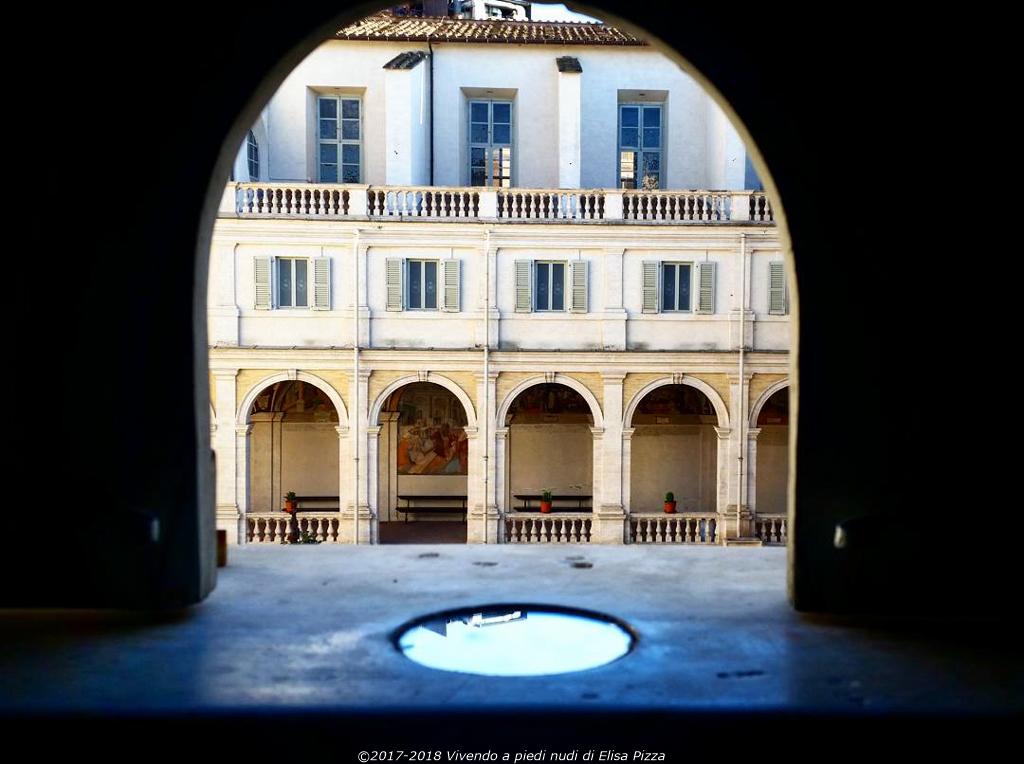 specchio astrolabio catottrico portico chiostro