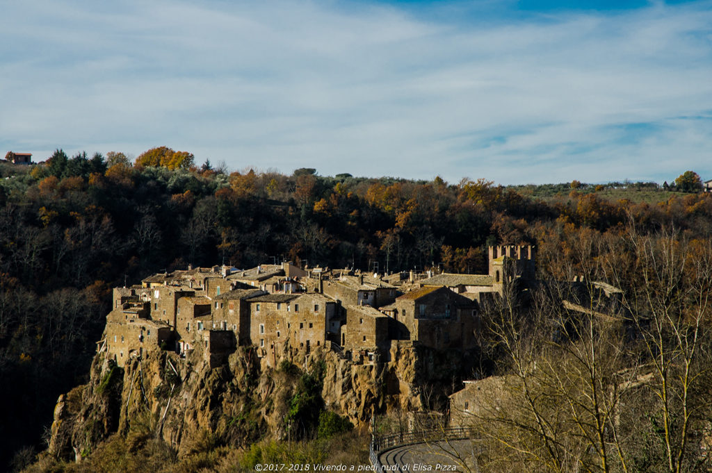 calcata borgo viterbo panorama