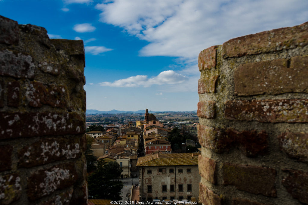 castiglione rocca panorama